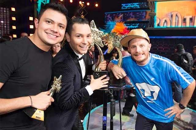 Pavel Arámbula del equipo Facundo es campeón de Parodiando