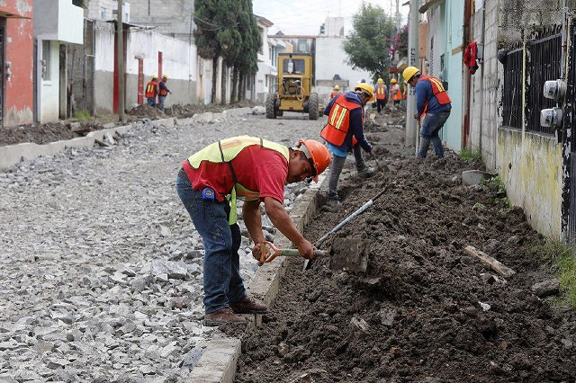 Gobierno capitalino comienza programa de pavimentación