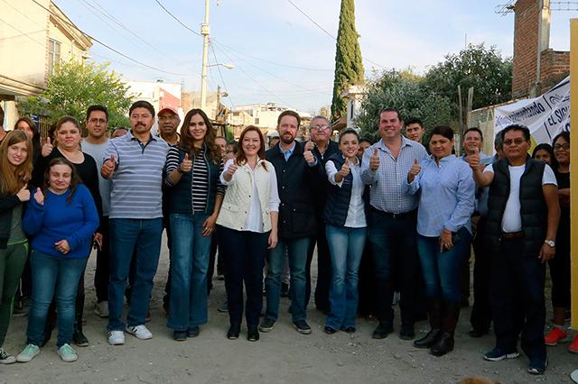 Banck arranca pavimentación en San Jerónimo Caleras