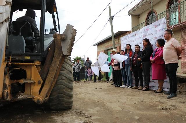 Angélica Alvarado entrega nuevas vialidades pavimentadas en Huejotzingo