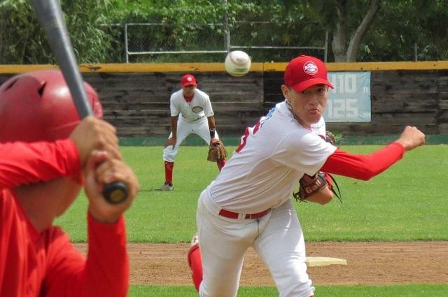 ¡Dodgers por otro mexicano! Firman al pitcher Pedro Santillán de 19 años