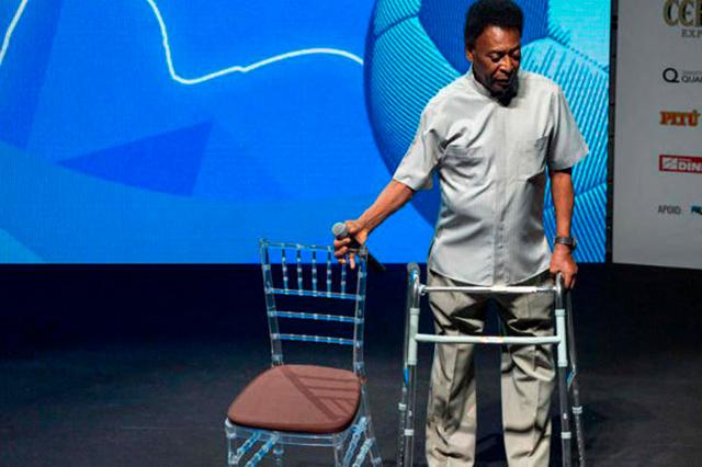 Reportan que Pelé fue internado en un hospital de Brasil