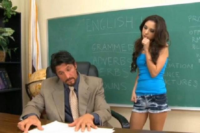 ¿Sexo, amor o qué hay escrito en pizarrones de películas porno?