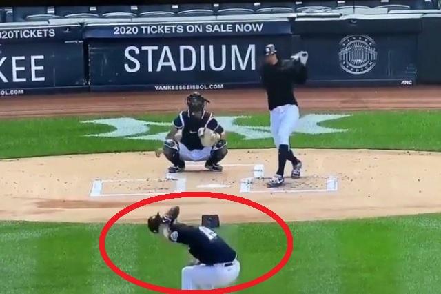 Pitcher de los Yankees recibe brutal pelotazo durante entrenamiento