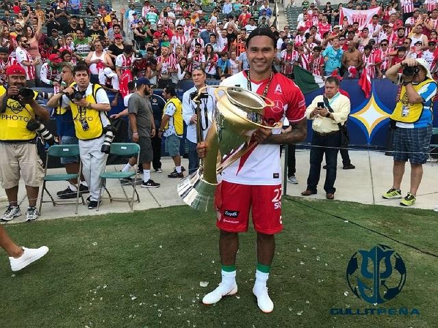 Gullit Peña termina contrato con Necaxa y regresa a Escocía