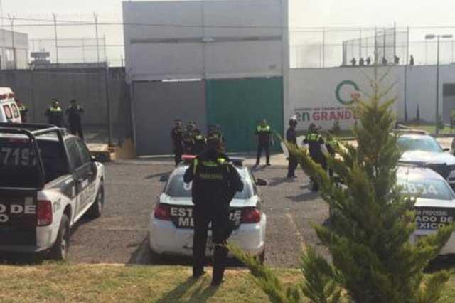 Estalla motín en penal de Chiconautla y reportan 5 lesionados