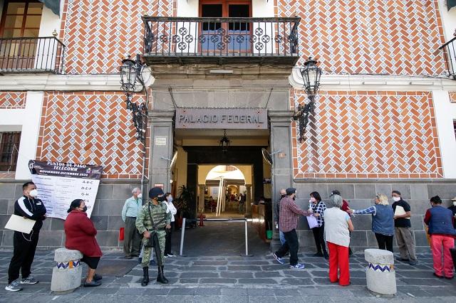 ¿Cuándo pagarán pensión (con aumento) a adultos mayores en Puebla?