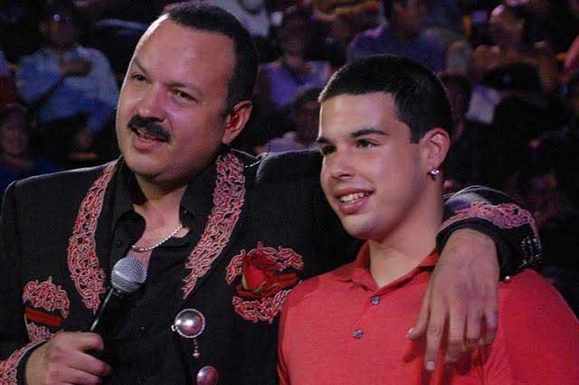 Detienen a hijo mayor de Pepe Aguilar por tráfico de inmigrantes