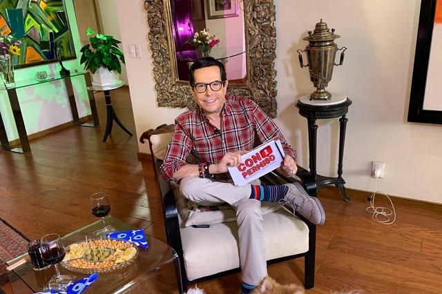 Video: Con humor, Pepillo Origel presume que ya tiene su propia piñata