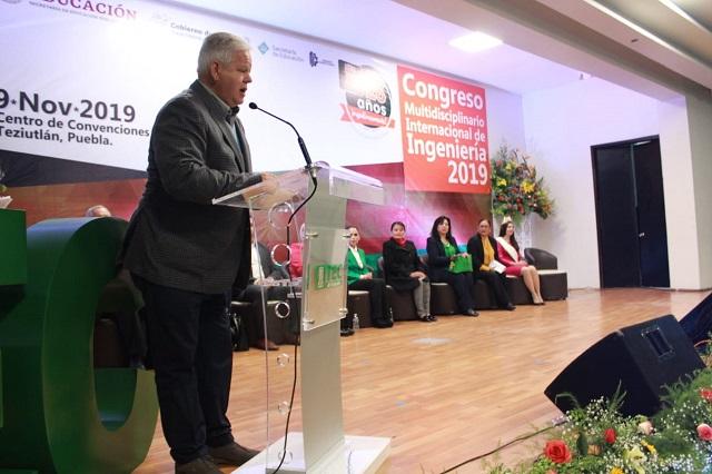 Carlos Peredo refrenda compromiso con Tec de Teziutlán