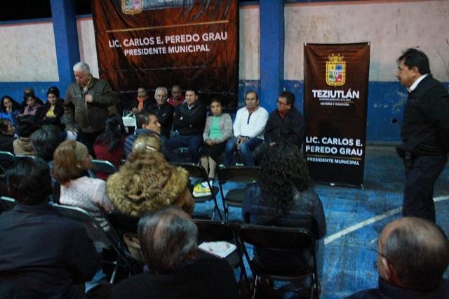 Atiende presidente de Teziutlán, Carlos Peredo, peticiones de vecinos de Xoloco
