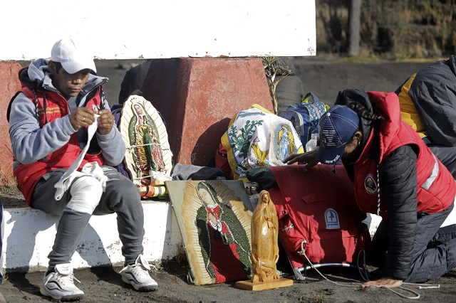 Gobierno y Arquidiócesis piden fiesta guadalupana en casa