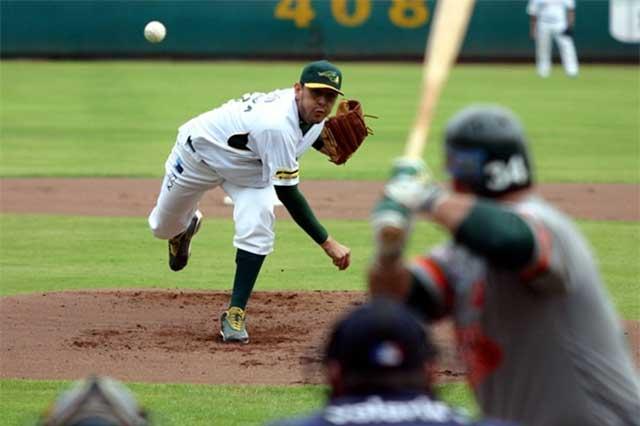 Contrata Pericos al pitcher sonorense Carlos Bustamante