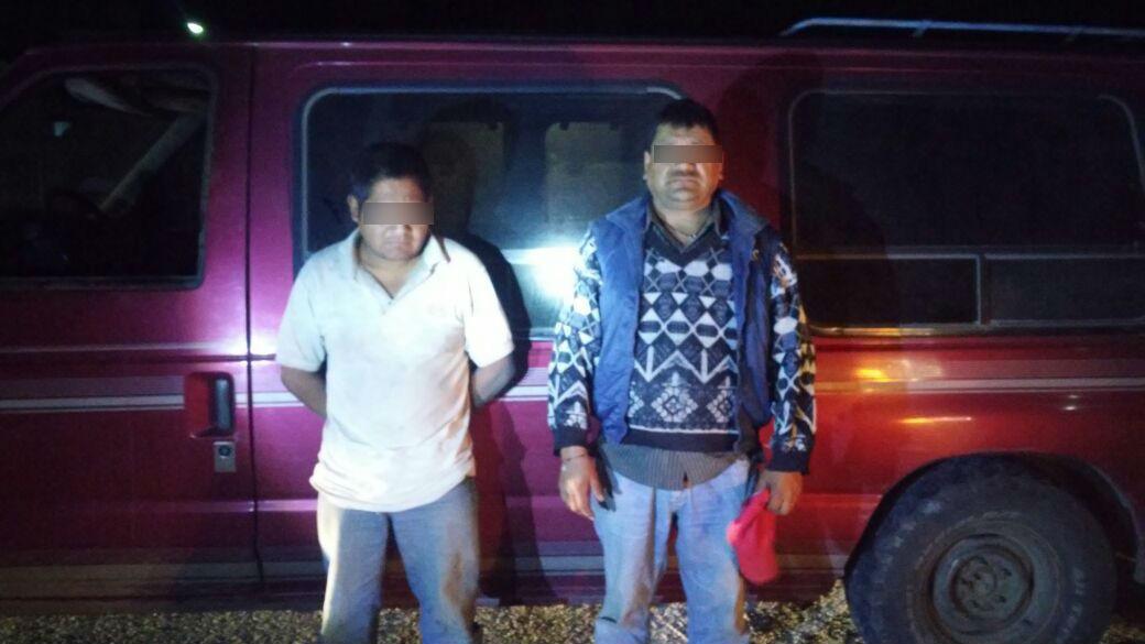 Caen 2 hombres en Tlachichuca con mil litros de combustible robado