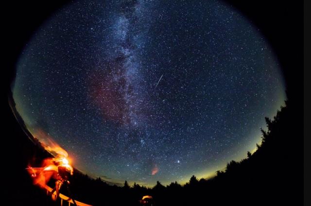 Esta noche, llegan a su pico las lluvias de estrellas 'Las Perseidas'