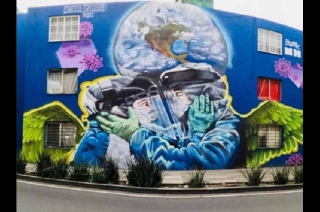 Coronavirus: Pintan mural en CDMX para homenajear a personal medico