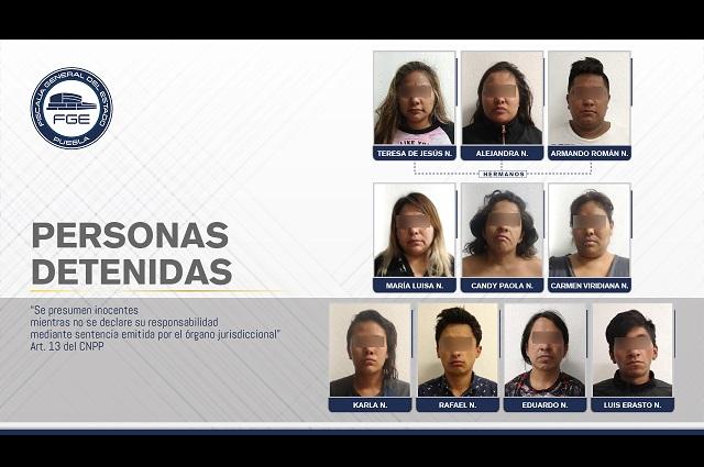 Detiene FGE a 10 personas en cateo en barrio de Analco