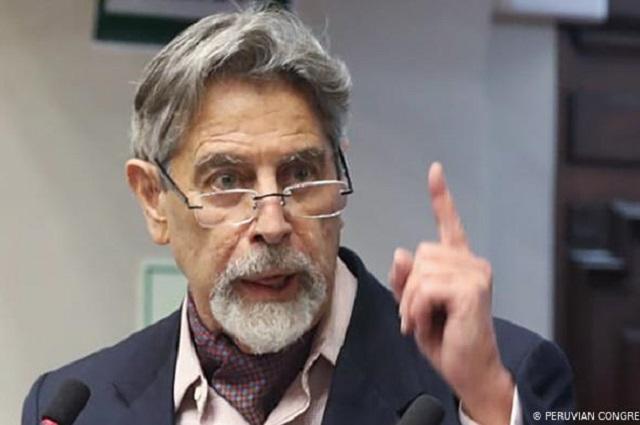 Eligen en Perú al tercer presidente en una semana