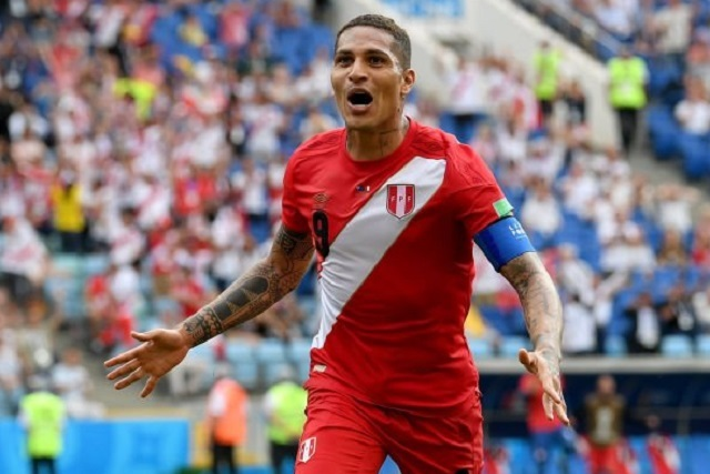 Perú se despide de Rusia 2018 derrotando a Australia 2-0