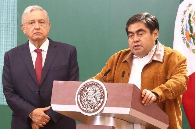 Uso de cubrebocas divide a López Obrador y Barbosa