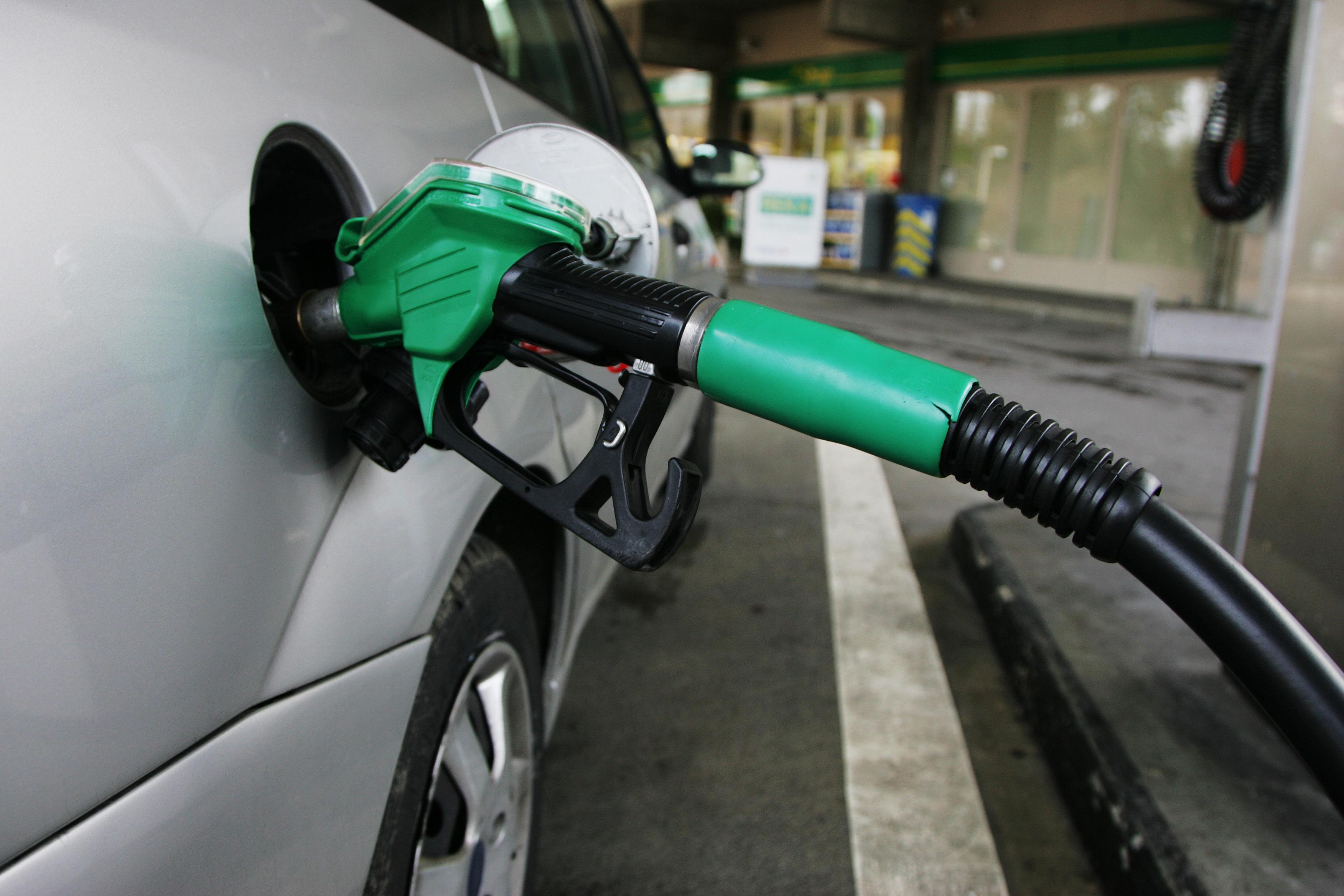 ¿Cómo ahorrar combustible con tu vehículo?