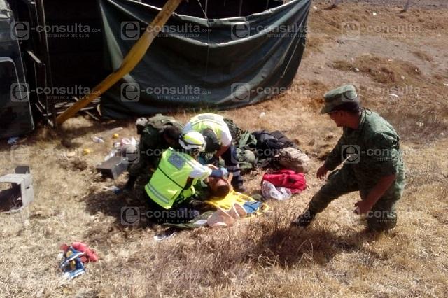 Seis militares heridos por volcadura en la Puebla-Orizaba
