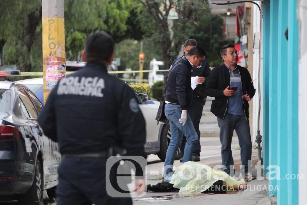 Asesinan de un balazo a un hombre en Prados Agua Azul