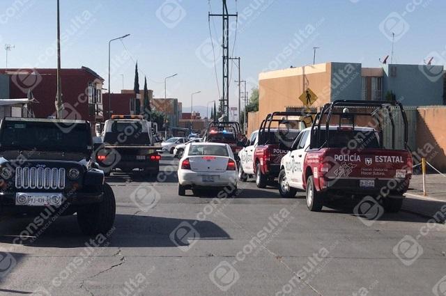 Casi linchan a policías de la FGR en Los Héroes de Puebla