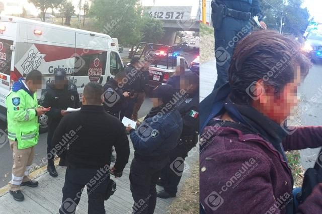 Pasajera de Cree-Madero cae y chofer ni se entera