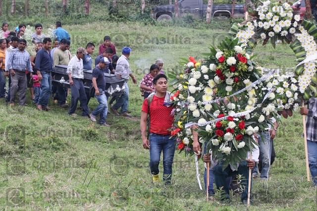 Dan el último adiós a Verónica en Zihuateutla