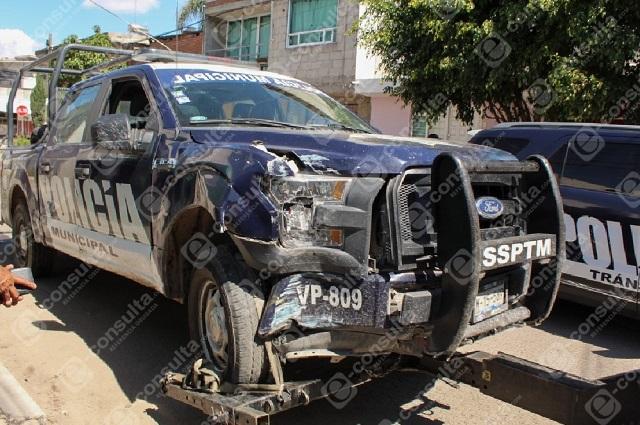 En 2 choques de patrullas, 4 policías heridos, en Puebla