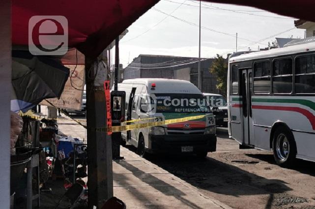 Sorprende la muerte a pasajera en ruta 23 sobre bulevar Xonaca