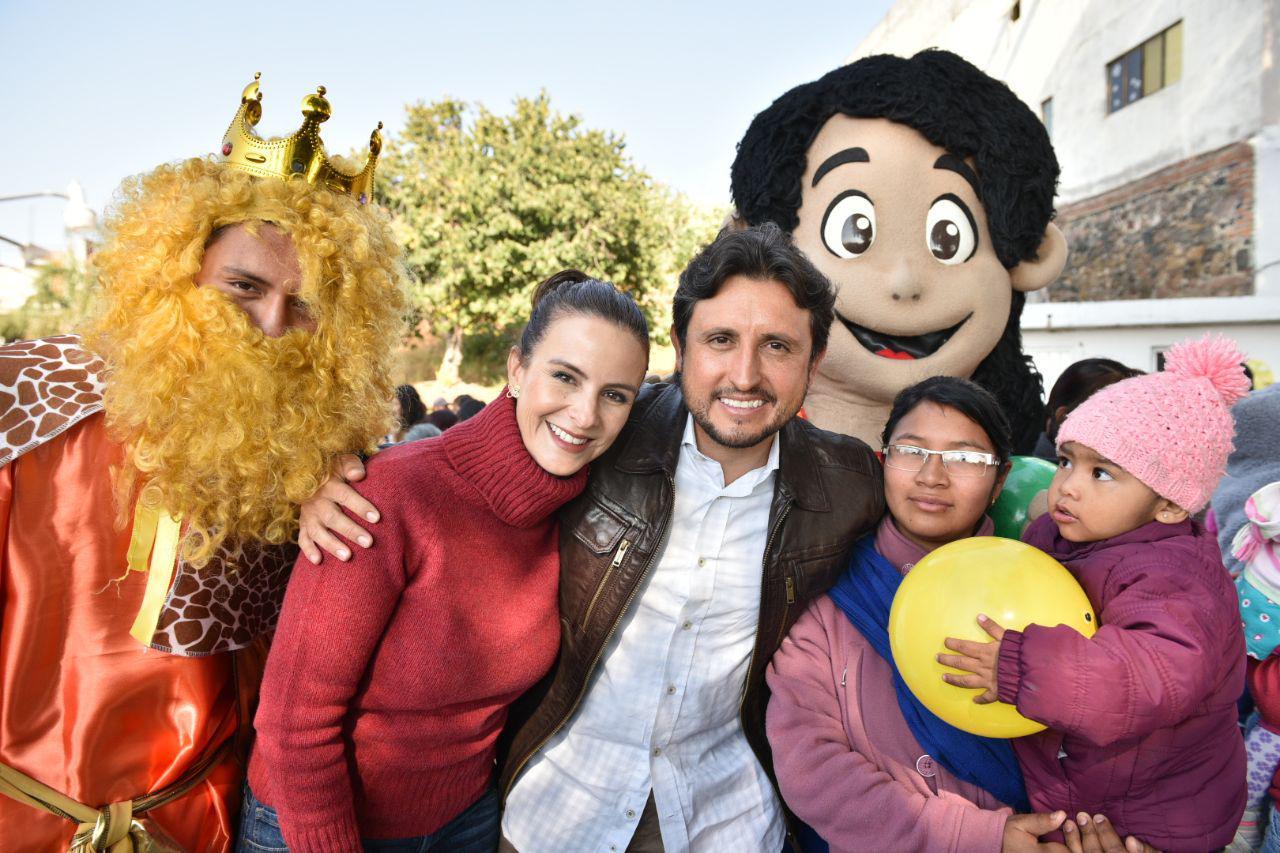 Gobierno de San Pedro Cholula lleva alegría a los niños de las 13 juntas auxiliares
