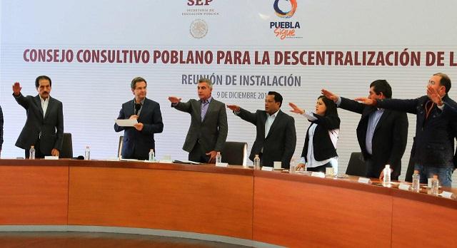 Instalan en Puebla consejo consultivo para descentralizar la SEP