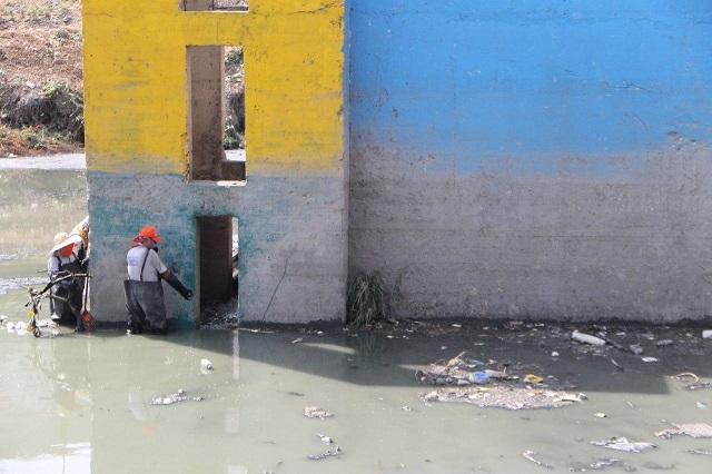 Arranca limpieza en puntos de riesgo por inundación en Puebla