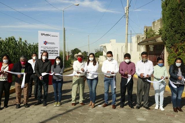 Rehabilitan 1.7 kilómetros de vialidades en Xonacatepec