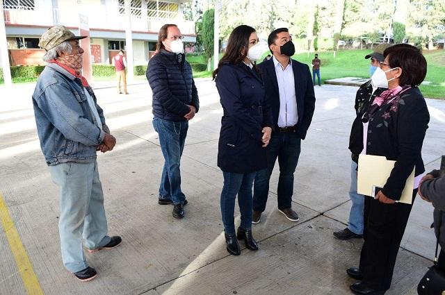 Llevan infraestructura a educativa a Totimehuacán