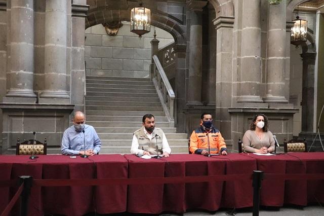 Desocupa Ayuntamiento de Puebla a locales callejeros de 5 de Mayo