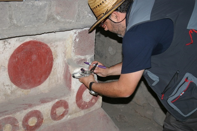Expertos analizan cronología de pinturas en Teotihuacán