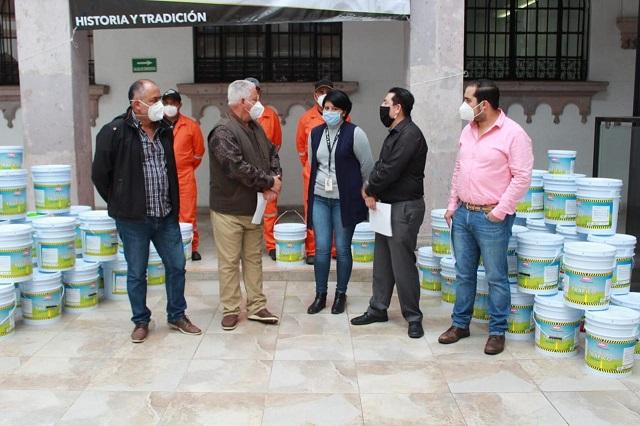 Oxxo dona pintura para vialidades de Teziutlán