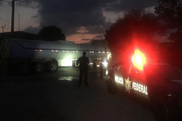 PF recupera pipa robada con gasolina, en Esperanza