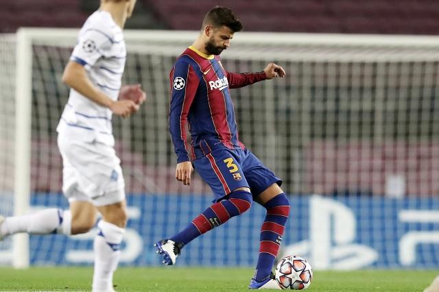Barcelona confirma lesión de Piqué; estará fuera de 4 a 6 meses