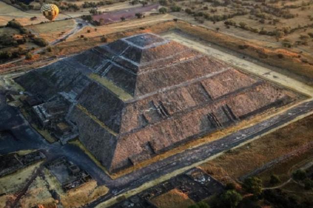 Ex integrante de Mecano planea erigir pirámide azteca en España