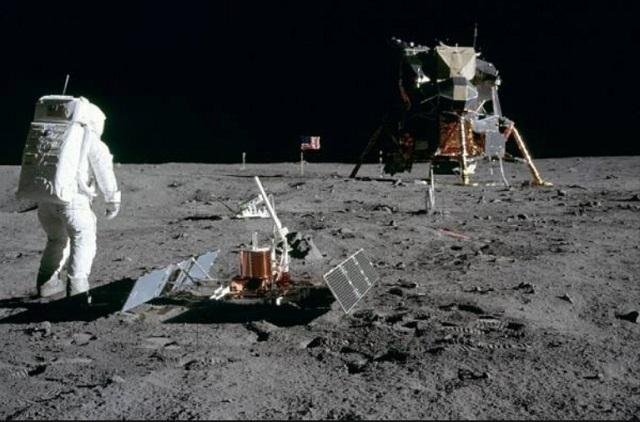 ¡El amarizaje, regresando de la luna. Hace 50 Años!