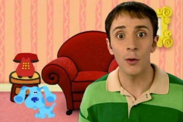 Mira como luce Steve, de las Pistas de Blue, a 15 años de salir de la emisión