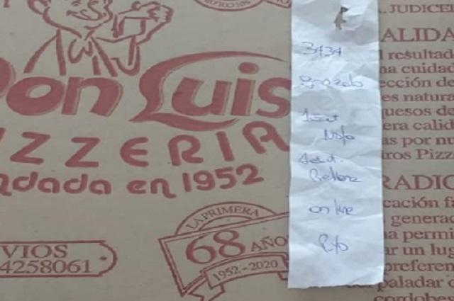 Un joven se equivoca y acusa a pizzería de ser homofóbica
