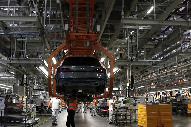 Cayeron 21% ventas de VW y subieron las de Audi, 7.6%