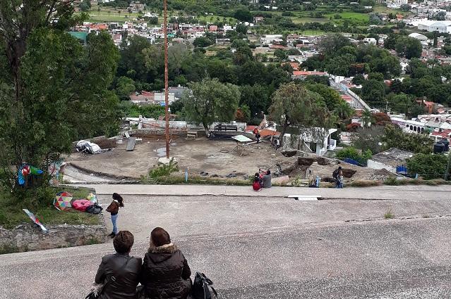 Por hallazgos suspenden obras en plazuela de la danza en Atlixco