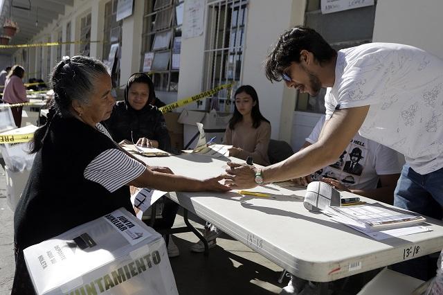 Pobre participación en plebiscitos extraordinarios de Puebla