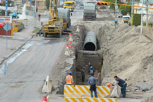 Ahora constructora quiere drenajes en zona de La Calera